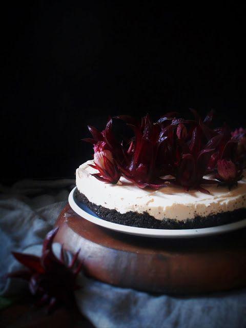 No-bake roselle mascarpone cheesecake