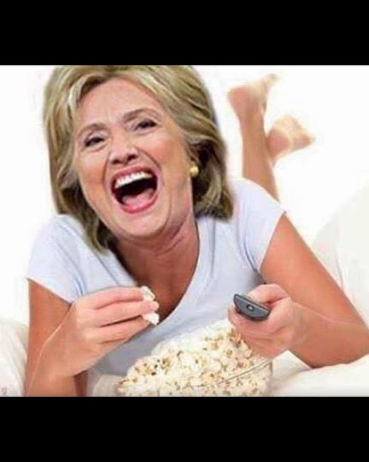 """1,970 Likes, 41 Comments - Sandra Bernhard (@sandragbernhard) on Instagram: """"Up late with @HillaryClinton watching the #ShitShow"""""""