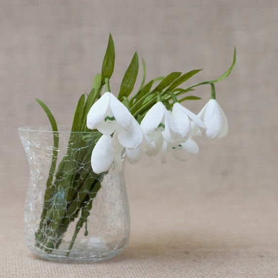 Set Of 6 Snowdrop Paper Flowers Snowdrops Are Gentle Small Snow White These Beautiful Paper Flowers Create A Paper Flower Art Paper Flowers Spring Flowers