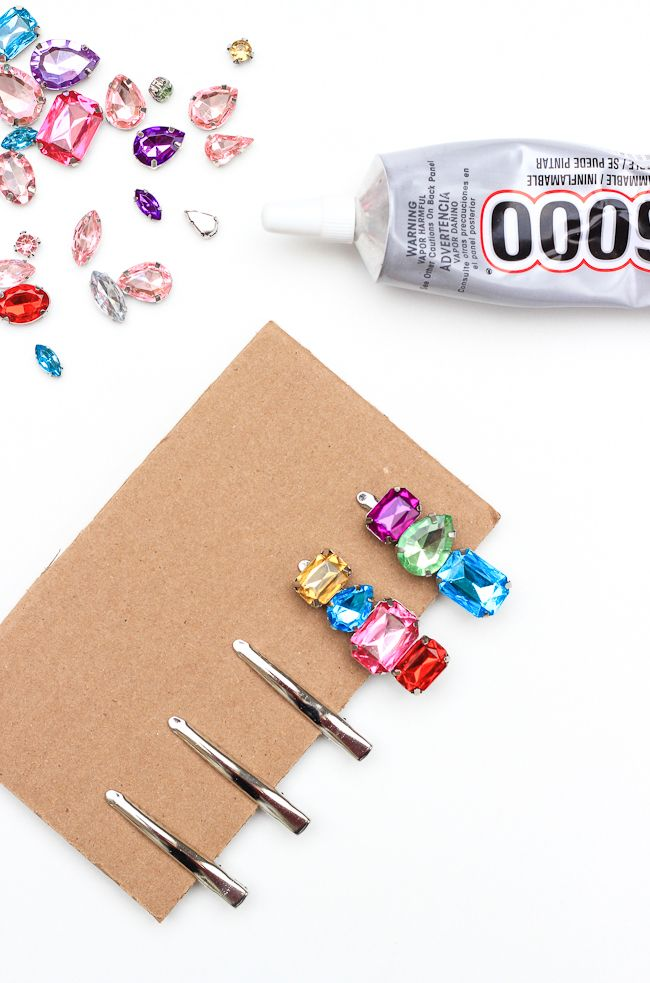 Add some sparkle to your do with these diy rhinestone hair clips!