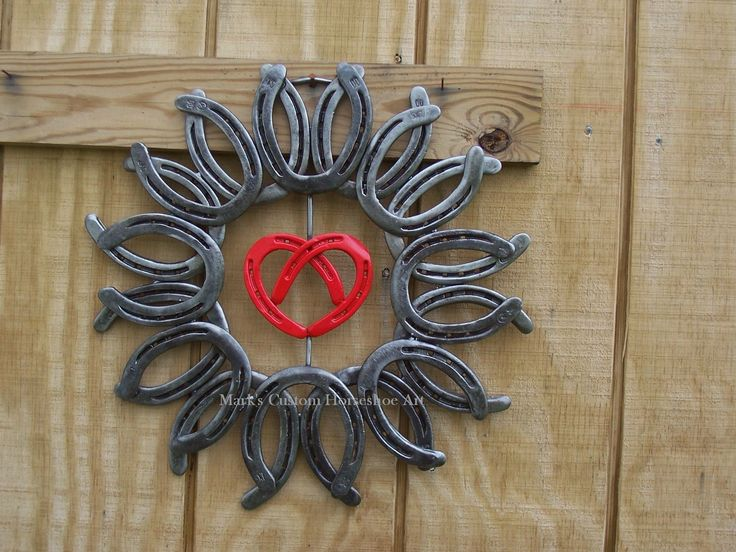 17 best images about horseshoe arts and crafts on for Horseshoe arts and crafts