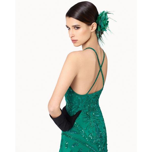 Rosa Clará, lanza al mercado Marfil, una colección de vestidos de fiesta inspirada en los mejores diseños de sus primeras marcas. Marfil es la línea a precios asequibles del grupo, y está pensada para que los mejores vestidos lleguen a todos los públicos.  YA EN NOASWEDDINGS #vestidos #vestido #fiesta #vestidofiesta #marfil #coleccion2015 #bodas #novias #noasweddings #palleja