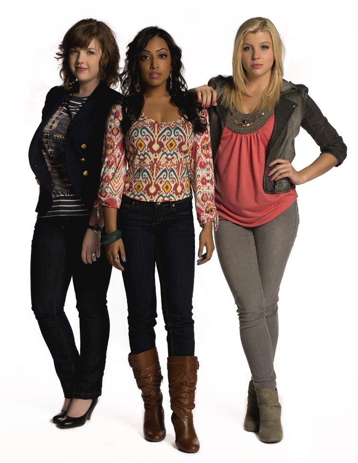 Aislinn Paul (Clare), Melinda Shankar (Alli) and Jessica Tyler (Jenna) #DegrassiSeason12