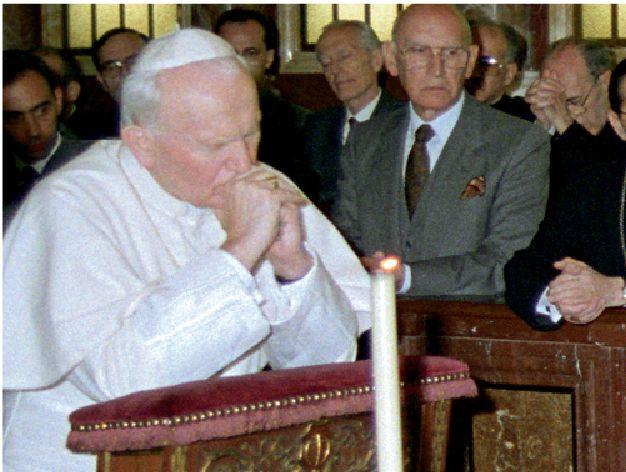 Une minute avec Marie, http://www.uneminuteavecmarie.com - Page 2 74f59976b8e909b7c2f2caf9f0dd669d--jean-paul-ii-sainte-marie