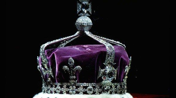 Fresh controversy over Kohinoor diamond after Indian government says it was gifted to Britain http://ift.tt/1Vg1If3  The controversy over the ownership of the fabled Kohinoor one of the worlds largest diamonds has got a new twist. The Indian government said that the diamond was neither stolen nor forcibly taken away but was gifted to the English East India company which ruled over parts of the Indian subcontinent in the 19th century.  See also: Indians want the famous Koh-i-Noor diamond back…