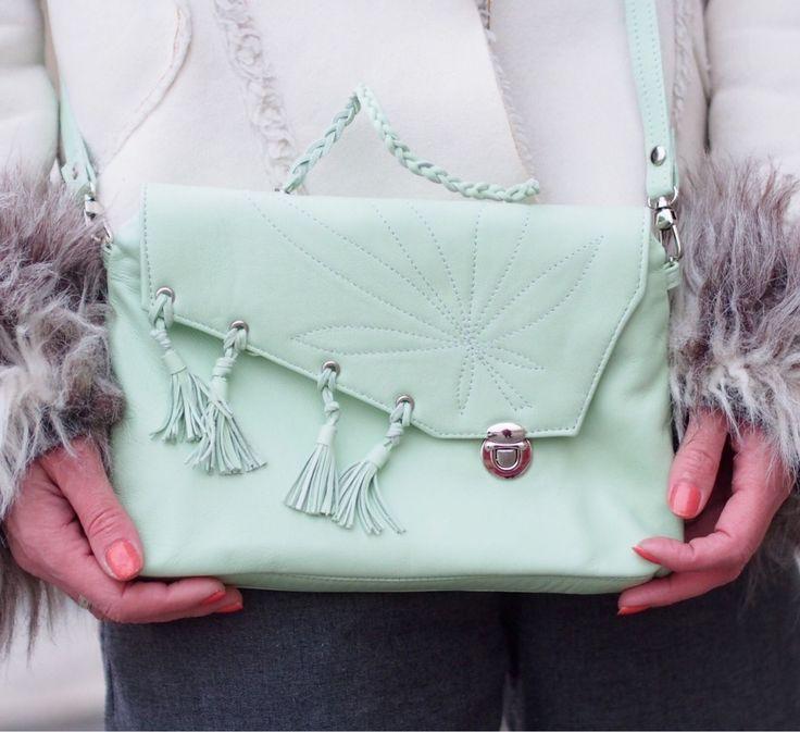 Купить Spring melody. Кожаная сумочка через плечо мятная. - сумочка через плечо