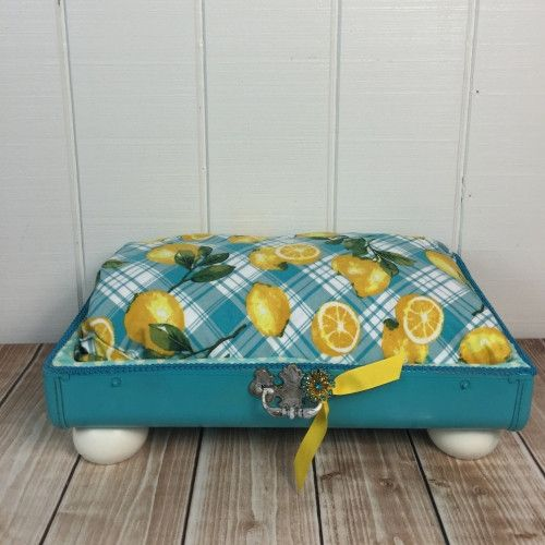 Lemonade Pet Suitcase Dog Bed