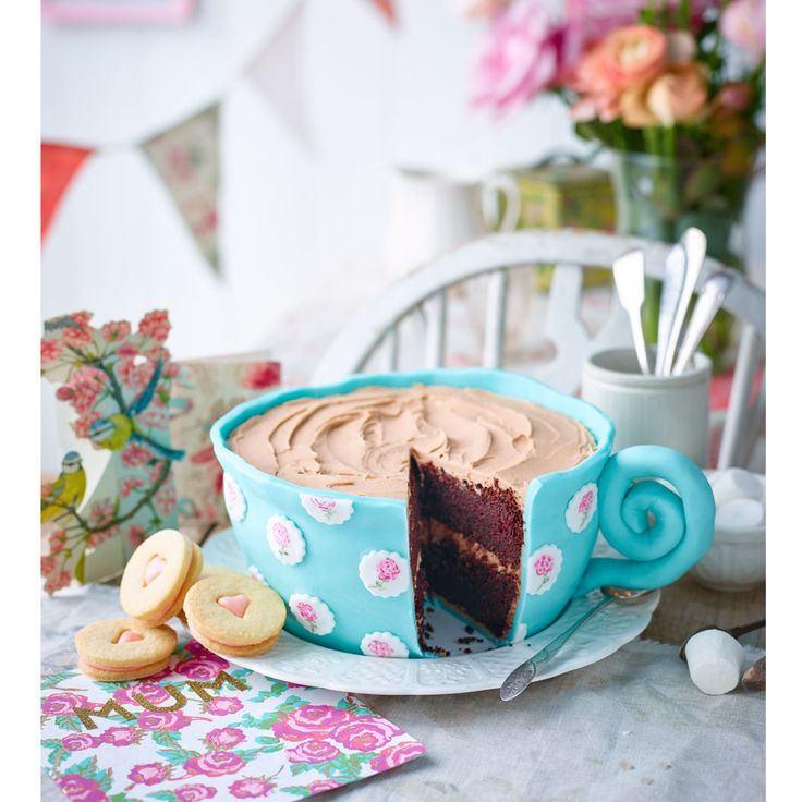 A fabulous chocolate cake for a special occasion, especially good for a big tea fan!