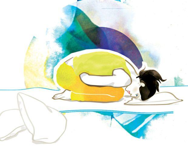 Die sanfte Art Yoga zu genießen: Moonlight-Yoga schenkt Euch tiefe Entspannung, hilft Körper und Geist bei der Regeneration und sorgt für Ruhe nach einem anstrengenden Tag. Vital zeigt fünfYoga-Asanasfür einen festen Schlaf.