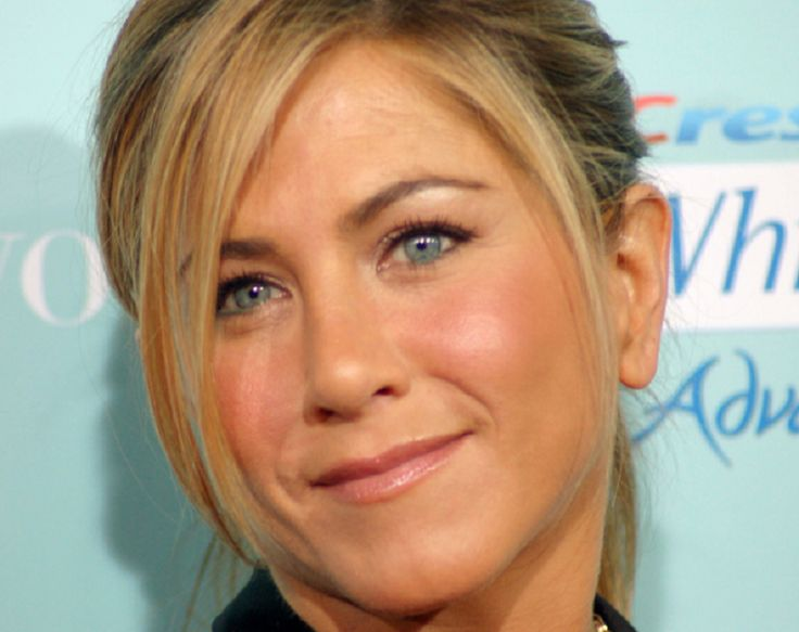 Jennifer Aniston, Brad Pitt: Aniston Hasn't Moved From Her Divorce With Pitt? - http://www.hofmag.com/jennifer-aniston-brad-pitt-aniston-hasnt-moved-divorce-pitt/175386