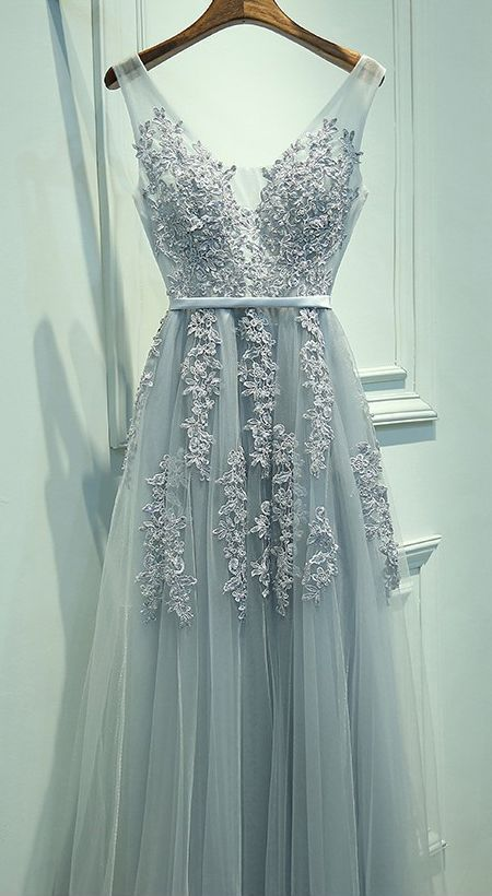 Lace Appliqued Silver Prom Dresses,V-neck Formal Dresses,2017 Pageant
