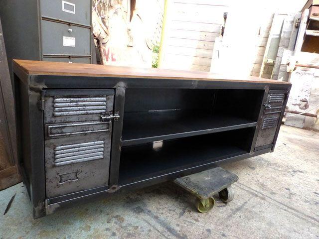 les 26 meilleures images du tableau meuble industriel sur pinterest meubles industriels canon. Black Bedroom Furniture Sets. Home Design Ideas