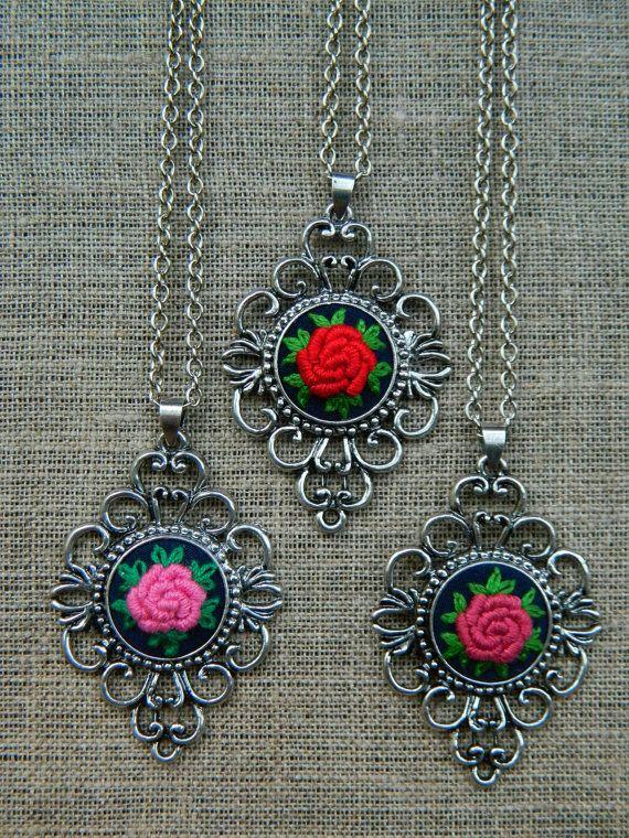 Flower Hand Embroidered Jewelry filigree vintage by MAZUTORIA