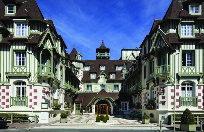 Where to Stay and Eat in Normandy | Hotels and Restaurants.  Hotel Le Normandy