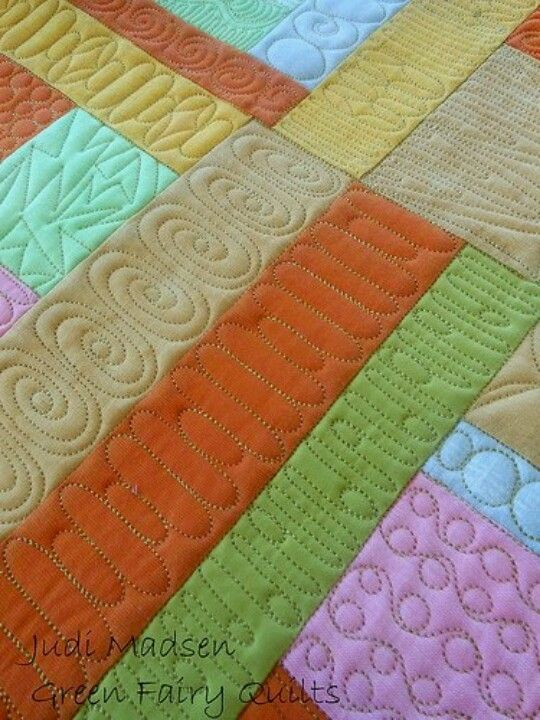 Free Motion Quilting Designs For Sashing : Very pretty free motion work! Quilting Pinterest Circles, Patterns and Design
