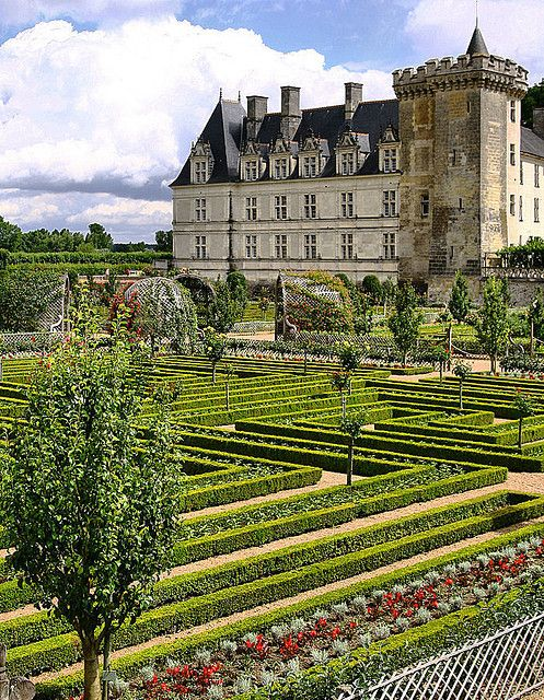 ARCHITECTURE – another great example of beautiful design. The Château de Villandry is a castle-palace located in Villandry, in the département of Indre-et-Loire, France. The lands where an ancient fortress once stood were known as Colombier until the 17th century.
