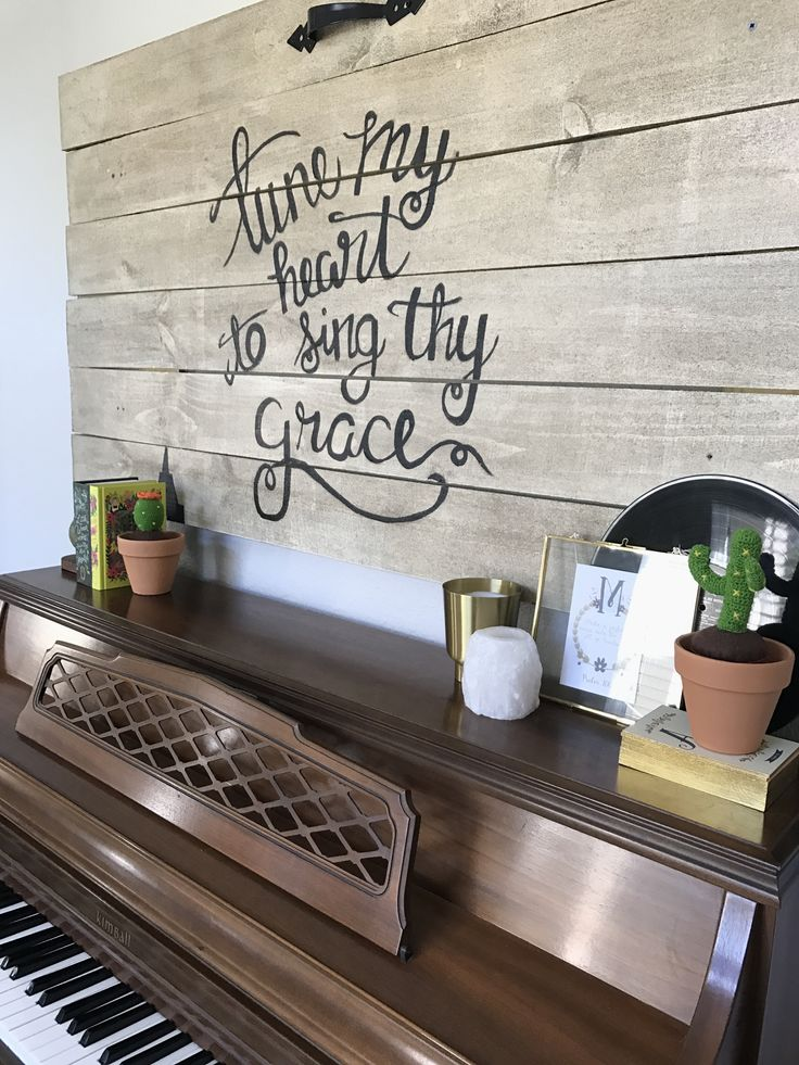 Best 25 piano decorating ideas on pinterest piano room - Ideas for decorating my living room ...