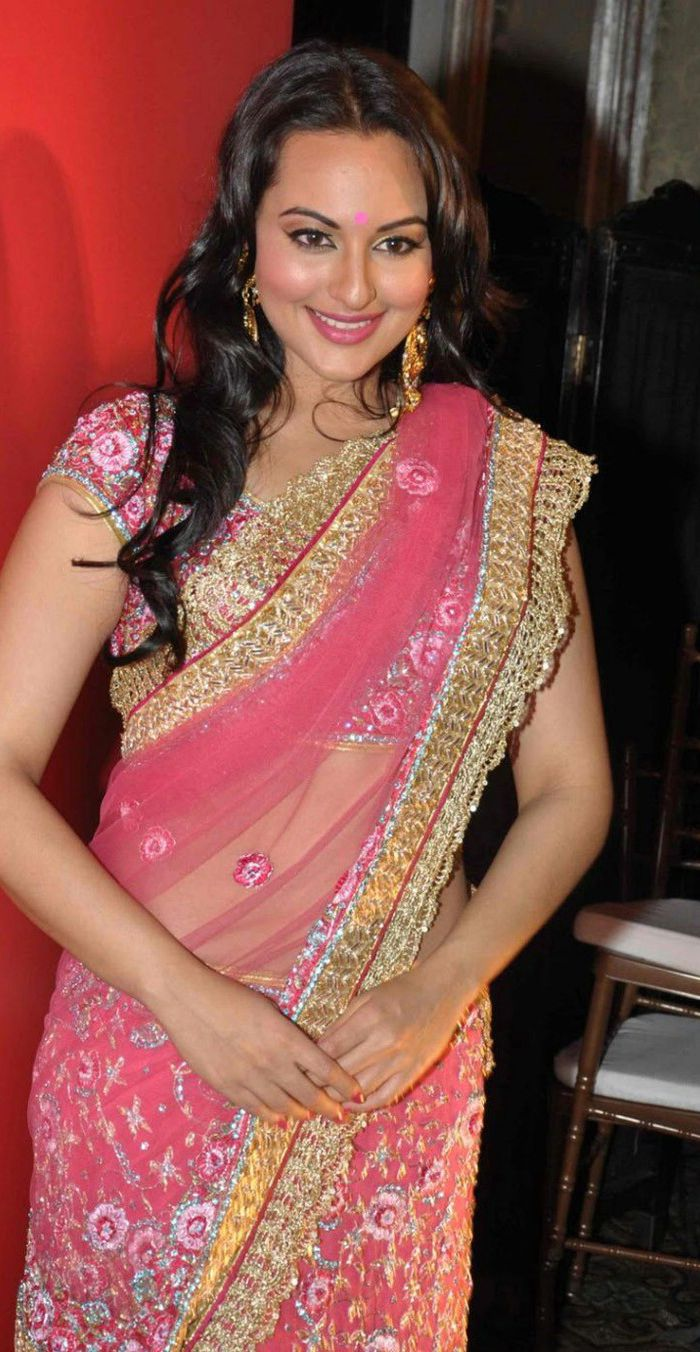 sonakshi sinha in gorgeous and hot looking saree