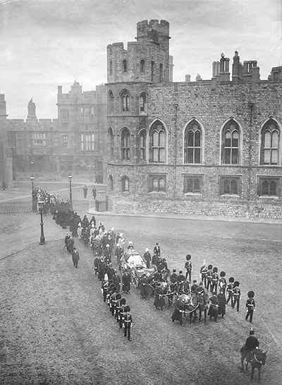 Queen Victoria died almost exactly 112 years ago. Here is her funeral procession at Windsor