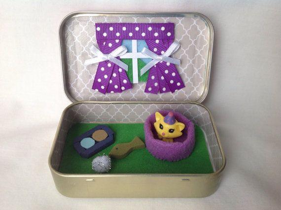 Cat/Kitten Altoids Tin Toy Squinkies/ Quiet Time Tin  by kattymoon
