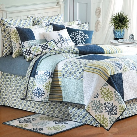 Love this quilt. Might try to make one like it!Fullqueen Quilt, Quinn Quilt, Guest Bedrooms, Twin Quilt, Beds Decor, Bedrooms Ideas, Quincy Quilt, Quilt Collection, Queens Quilt