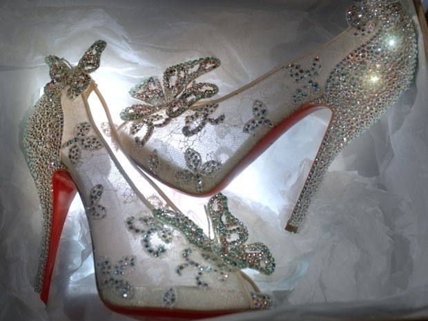 Sapatos da Cinderela ganham versão de luxo criada por Laboutin