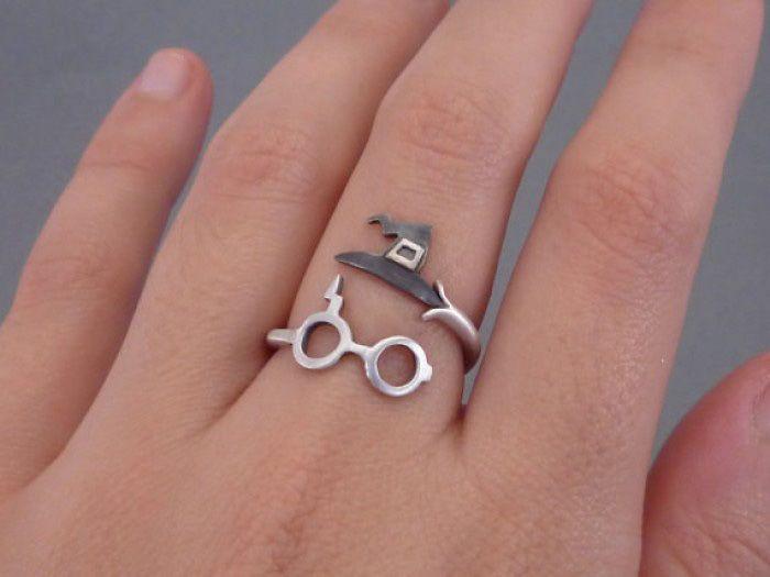 20 Piezas de joyería de Harry Potter para demostrar que aún esperas tu carta de Hogwarts