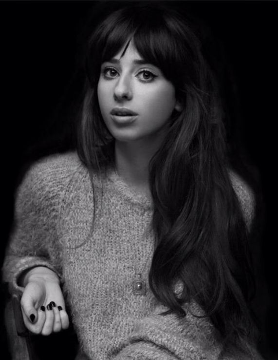 Louisa Rose Allen from Foxes, the best fringe since Zooey