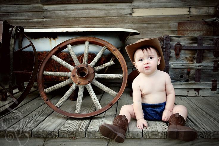 This is friggin adorable!Country Lovin, Cowboy, Photos Ideas, Country Kids, Children Spaces, 6 Month Photos, Friggin Adorable, Box Pies, Photography Ideas