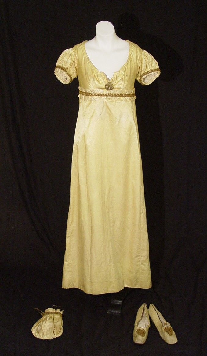 1802 Regency yellow silk gown, reticule and shoes