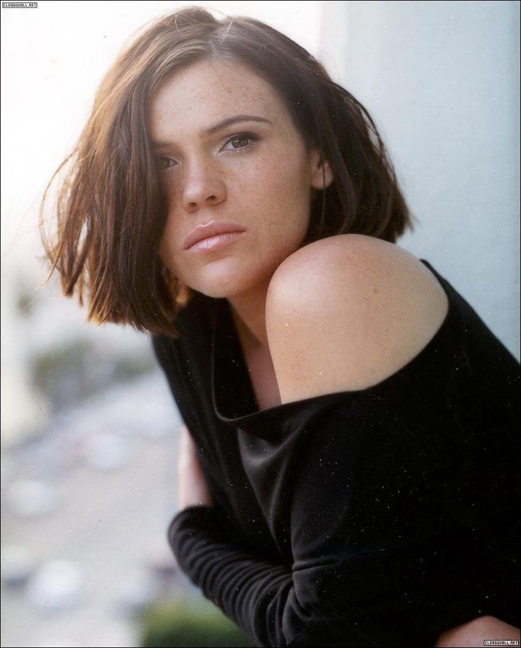 Clea DuVall: The faculty (1998) - Girl, interrupted (1999) - Identity (2003) - 21 grams (2003) - Argo (2012)