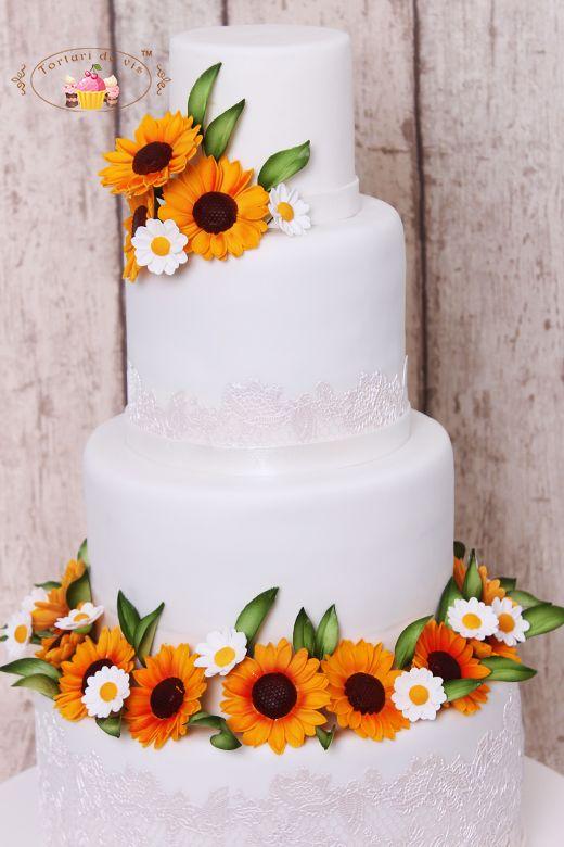 Torturi de vis: Tort de nunta cu floarea soarelui