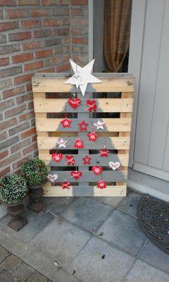 De Tafelfee: How how how...met een pallet: D.I.Y. Kerstboom