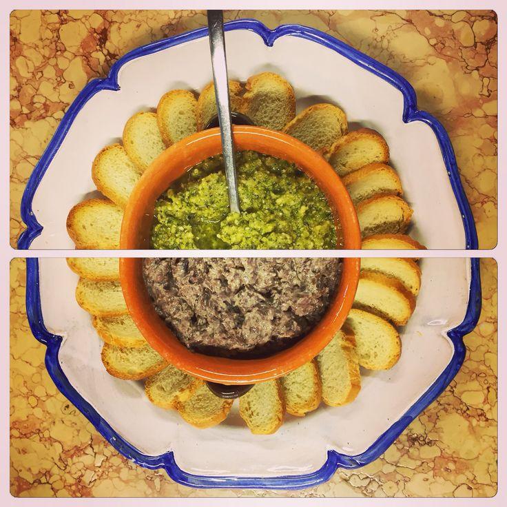 Mousse di zucchine, mandorle e menta e di radicchio e ricottina