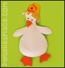 Gosling Paper Plate Craft for Kids from www.daniellesplace.com