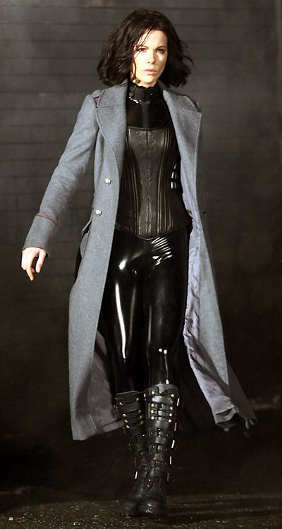 Kate Beckinsale Underworld Costume-basically one of the only good parts of this movie