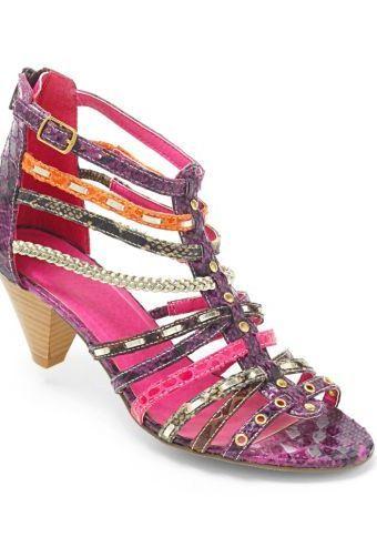 Sandály na podpatku #ModinoCZ #sandals #shoes #fashion #colours #sandaly #boty #moda #podpatek #barevne
