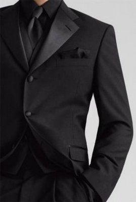 Dress It Up - The Attire: Groom & Groomsmen - beautiful black on black tux. #Wedding in #Fall