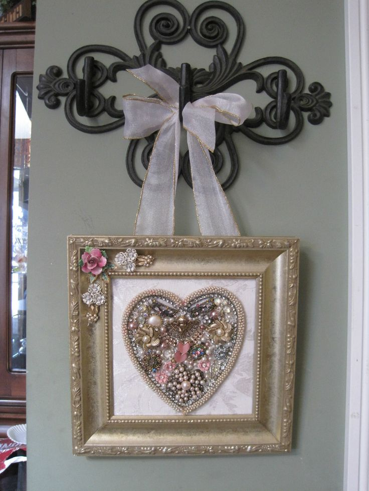 Vintage Jewelry Framed Christmas Tree Valentine's Day Heart Rhinestones   eBay