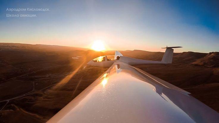 Компания «Polet na otlichno!» поможет Вам совершить незабываемый полет с фигурами простого и сложного пилотажей на планере G103a Twin II Acro, без физических ограничений, даря свободу ручного управления!