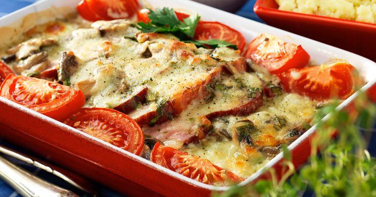 Kasslergratäng med champinjoner och tomater blir snabbt en ny vardagsfavorit!