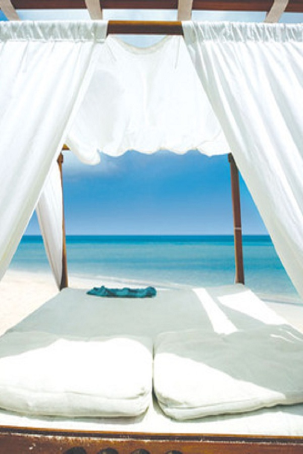 HONEYMOONS - This is where I would want to be!  Oh yea, I live here.  Looks like Siesta Key!