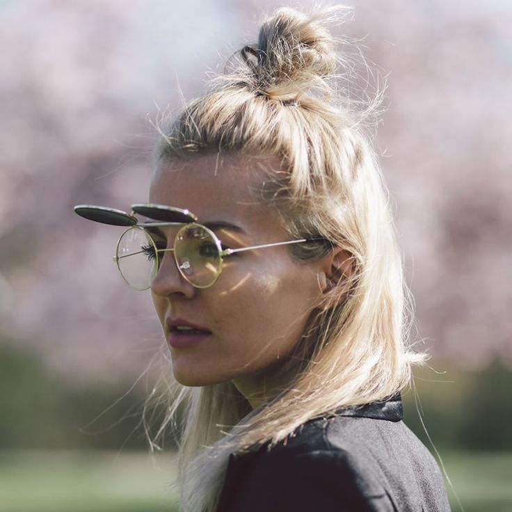 Marina the Moss: Retro Round Steampunk Mirrored Lens Flip Up Sunglasses.