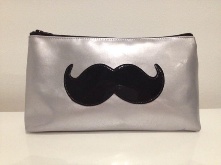 Trousse vinyle argent/noir moustache - enfant - Jomuni-ni - Fait Maison