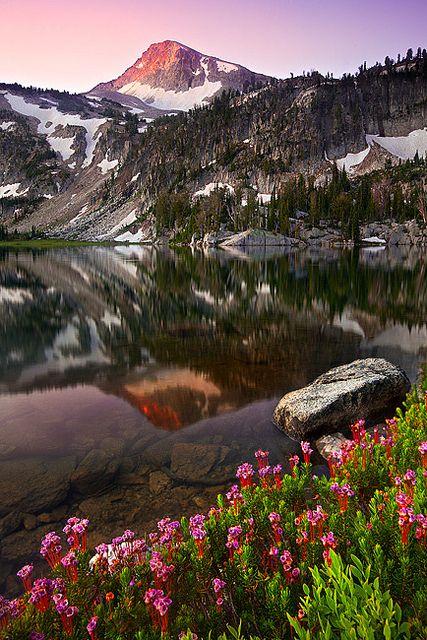 Mirror Lake Oregon.