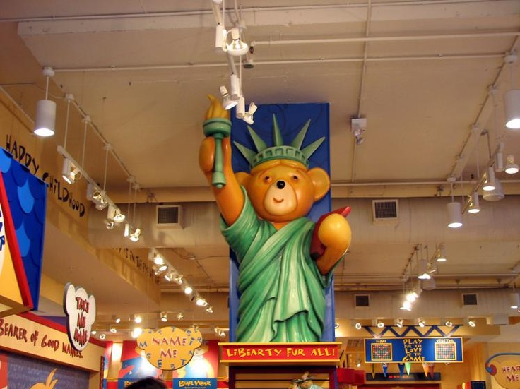 The build a bear store in new york... favvv :))