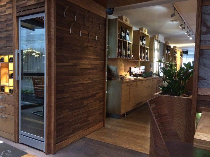 Dveri Pax Wine Bar Maribor