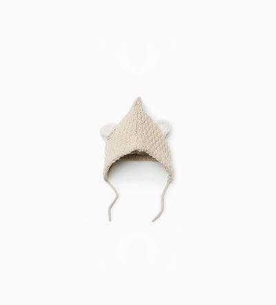 Image 1 de Bonnet en maille à oreilles de Zara