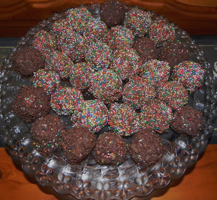 These delicious Chocolate Raspberry truffle rainbow balls are absolutely dreamy!! Be careful though. Its hard to stop at one! Enjoy!