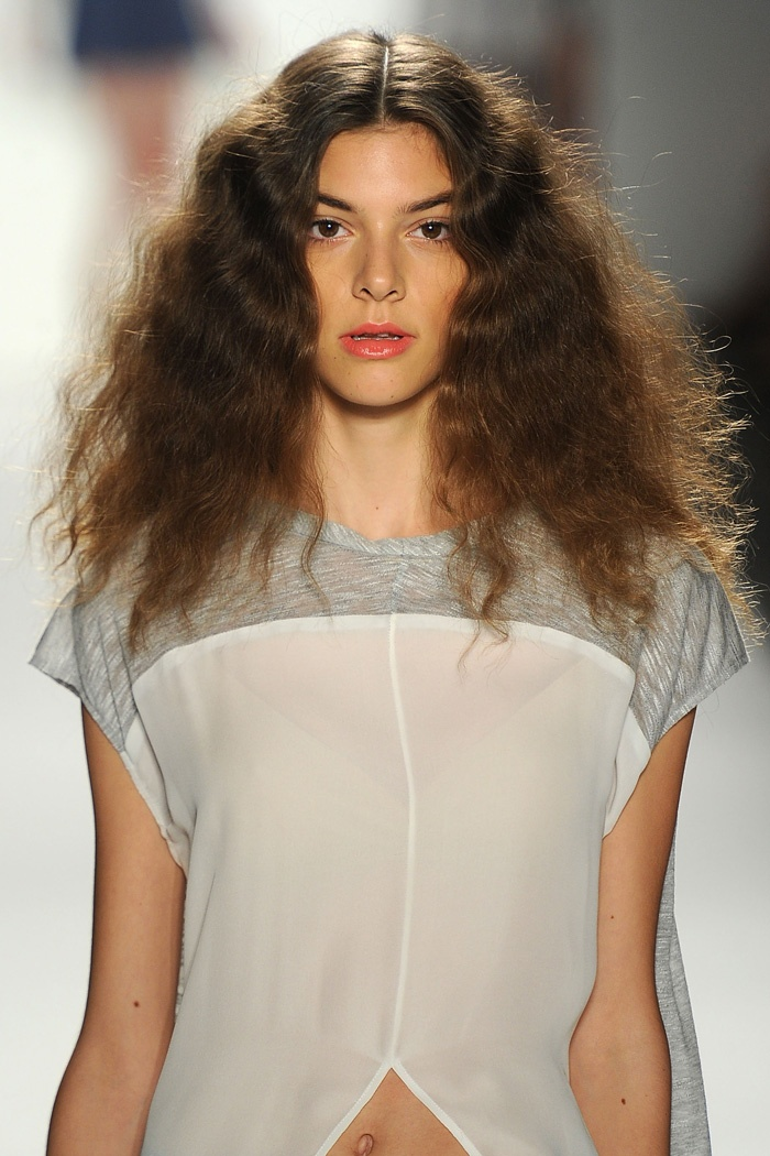 wavy weave hair styles 13 best minkoff 2012 images on 2277